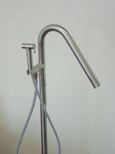 RVS staande badkraan met knijpdouche