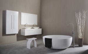 Vrijstaand bad solid surface wit